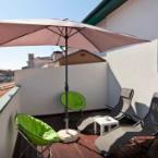 null Modern 1-bedroom Apartment Just Outside of Porto With 2 Terraces and V