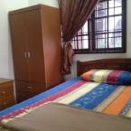 Featured Image D Embun Homestay Airport Lodge