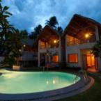 Other Lang Ca Voi (The Whales Village) Guesthouse