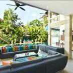 null 3BR Villa Seminyak with Private Pool