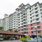 Exterior Selat Horizon Condo Apartment
