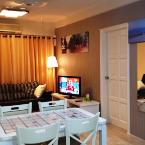 Living or Dining Area Rozi Vacation Suite