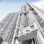 Hotel Front IDEO Q Condo By Favstay
