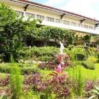 Hotel Exterior Bed & Breakfast at Royale Tagaytay Country Club
