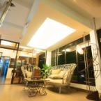 null Avenue One Hotel