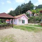 Featured Image Pyeongchang Pink House Pension