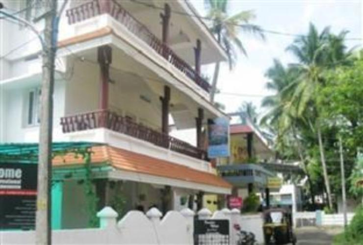 Exterior Backpackers Holidays Kochin Guest House
