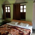 Deluxe Room Shivakashi Guest House