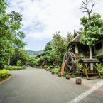 外观 Xishuangbanna Gaozhuang Youth Inn