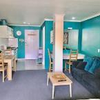 Featured Image Experience Beachside Living from a Vibrant Studio
