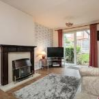 Featured Image Cosy Spacious 2 Bedroom House