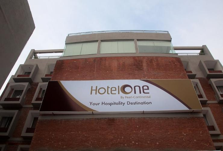 Featured Image Hotel One Down Town