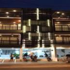 Featured Image Thatluang View Hotel