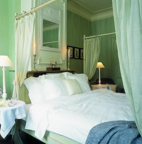Featured Image Hotel Recour