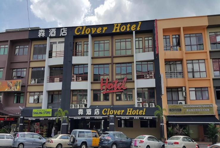Featured Image Clover Hotel