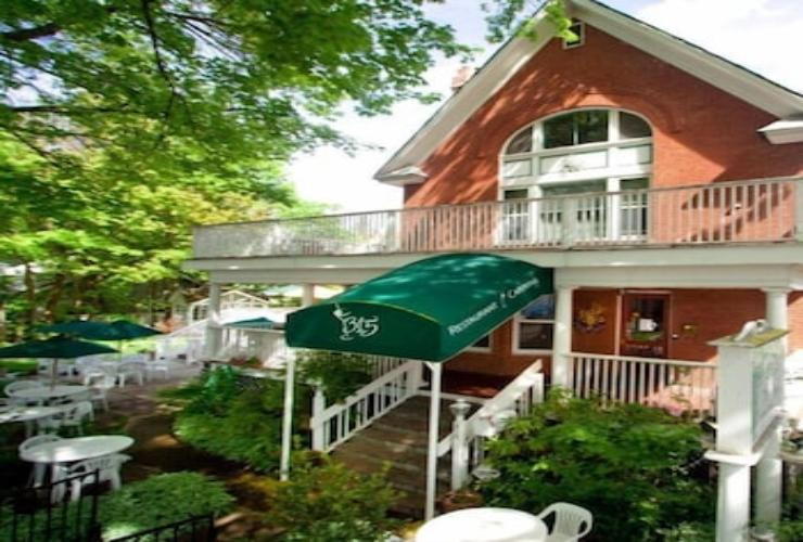 Featured Image Greenbriar Inn