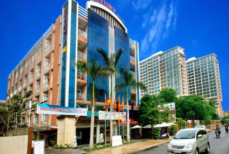 Featured Image Luxury Nha Trang Hotel
