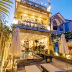 Featured Image Golden Walls Homestay