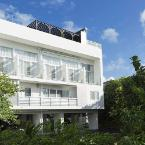 Featured Image Wires Hotel Onna Clipper Okinawa Base