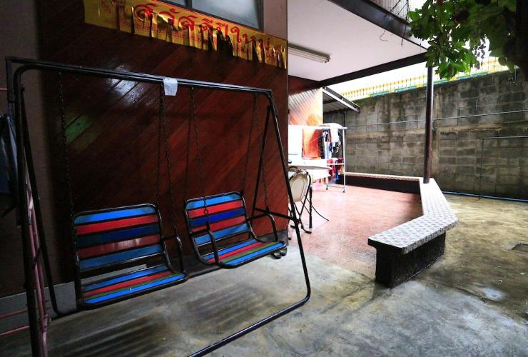 Featured Image Anurak Guesthouse