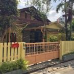 Featured Image Jao Yellow House