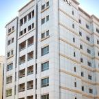 Featured Image TIME Topaz Hotel Apartments