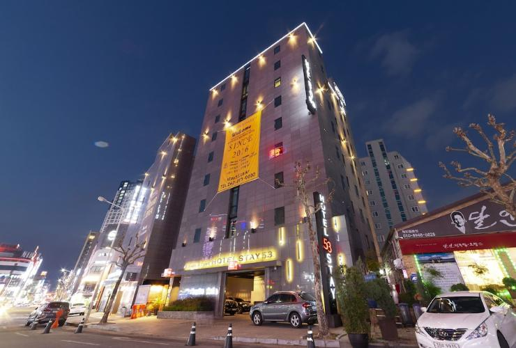 Featured Image Hotel Stay 53