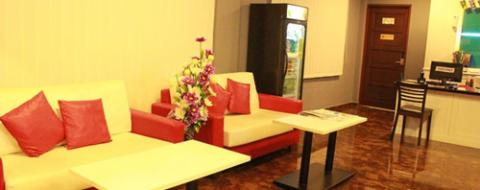 Lobby Sitting Area Your Hotel