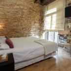 Featured Image AinB Picasso Corders Apartments