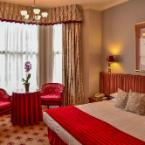 Featured Image London Lodge Hotel