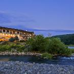 Featured Image Best Western Lodge At River's Edge