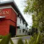 Featured Image The Tavern Hotel