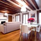 Featured Image Good Wine Apartments