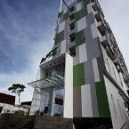 Featured Image Whiz Hotel Pemuda Semarang