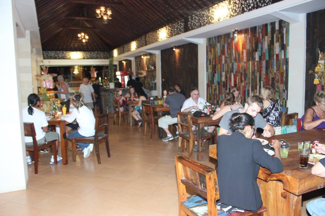 Suasana di Rosemary Restaurant & Bar