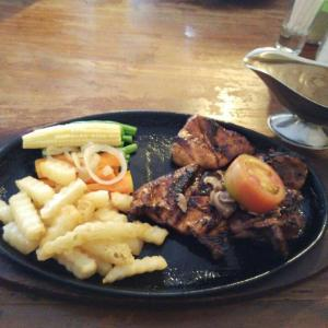 Warung Steak Pasadena