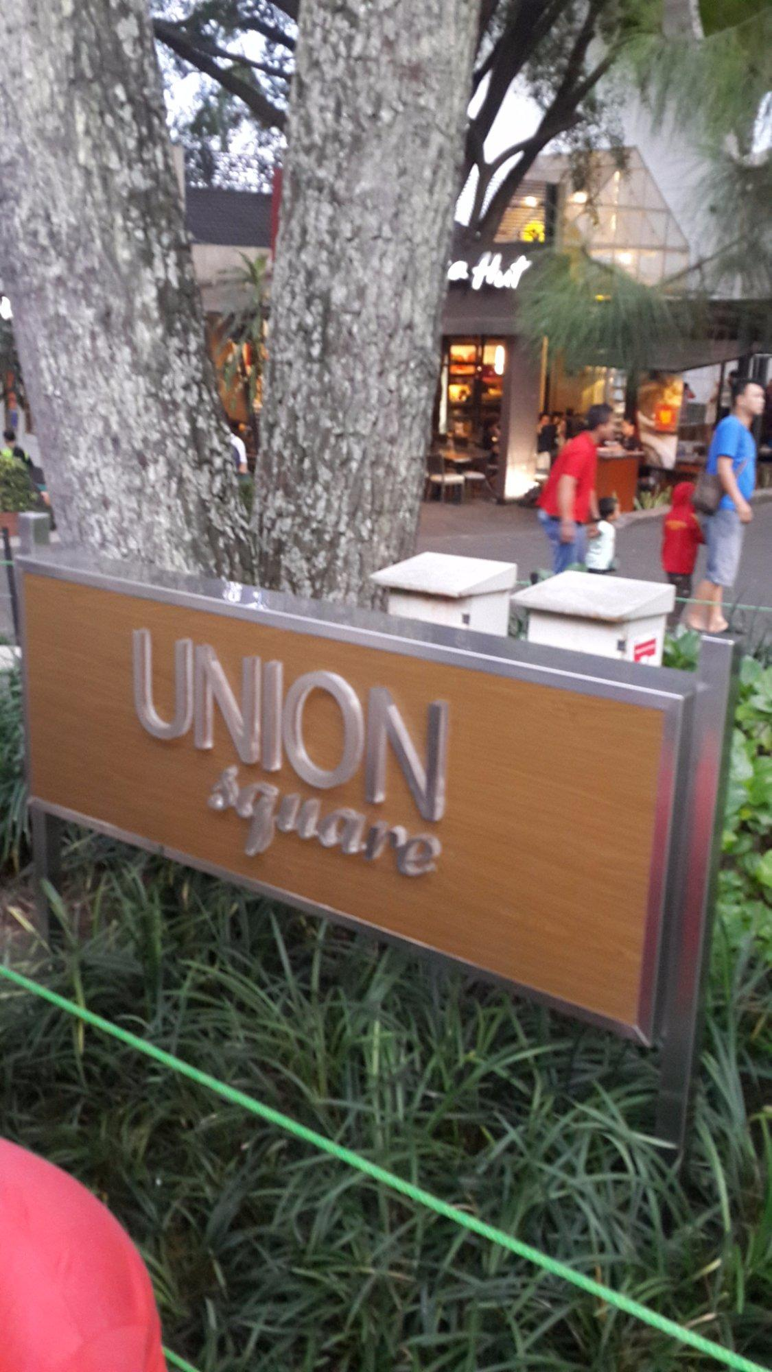 Union Jack bar and Resto