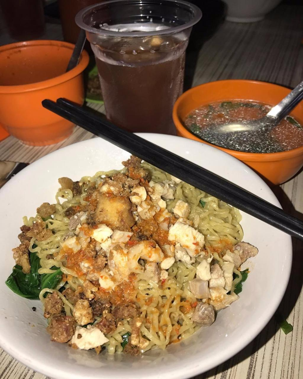 Mie Lung Kee